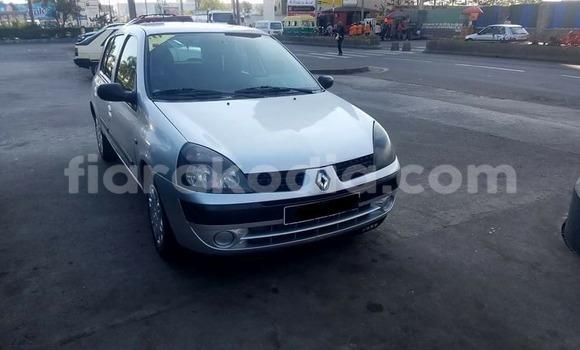 Acheter Voiture Renault Clio Gris à Antananarivo en Analamanga