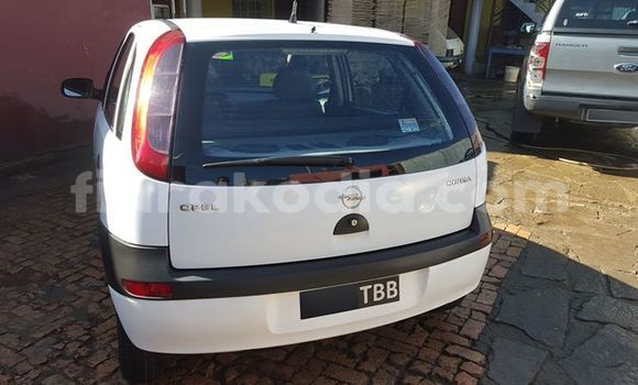Acheter Voiture Opel Corsa Blanc à Antananarivo en Analamanga