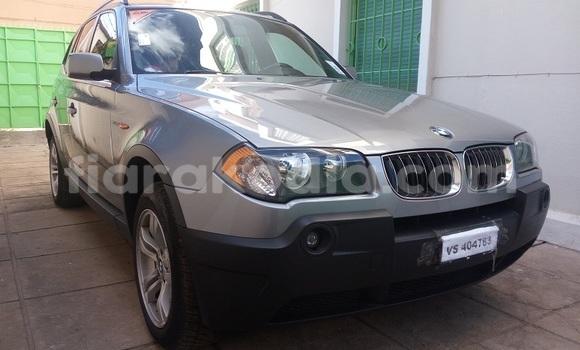 Acheter Voiture BMW 3-Series Gris à Antananarivo en Analamanga