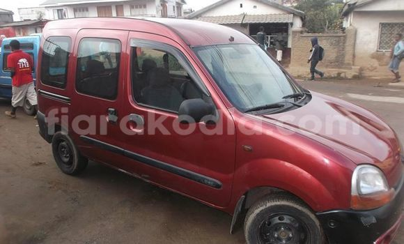Acheter Voiture Renault Kangoo Rouge à Antananarivo en Analamanga