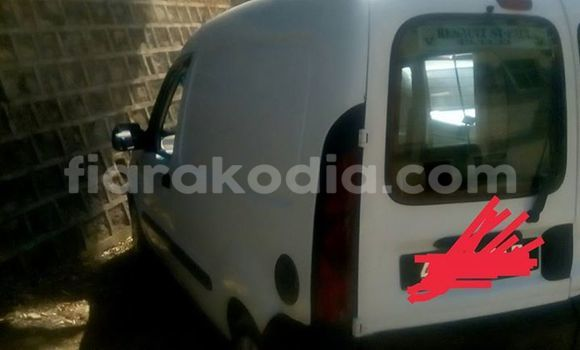 Acheter Voiture Renault Kangoo Blanc à Antananarivo en Analamanga