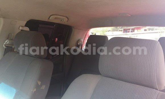 Acheter Voiture Nissan Navara Rouge à Antananarivo en Analamanga