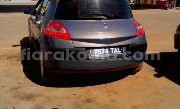 Acheter Voiture Renault Megane Noir à Antananarivo en Analamanga